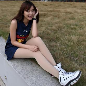 清纯宝贝助威广东宏远