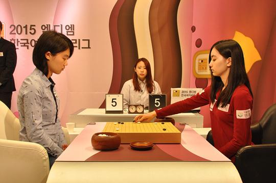韩国女子联赛 黑嘉嘉胜王晨星