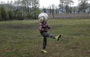 赵震:高原上的纯粹足球