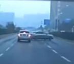司机80秒9次互别酿祸