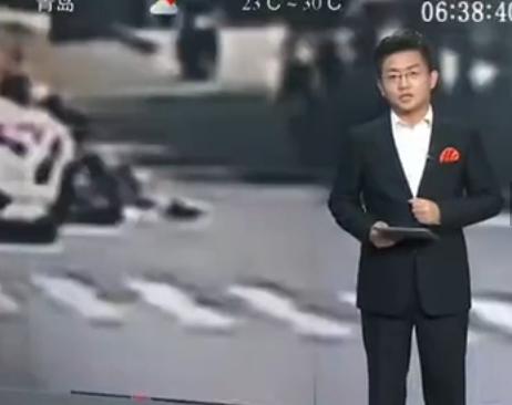 鞭炮车内爆炸司机跳车 撞树致1死4伤