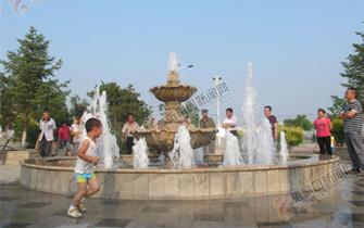下花园水泉公园焕然一新迎游客