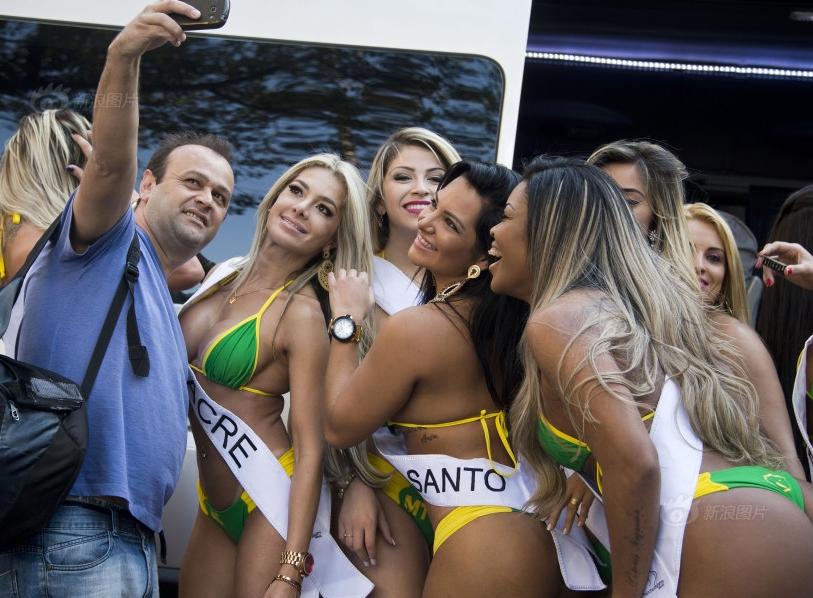 巴西美臀小姐候选人比基尼装亮相