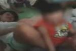 幼师用脚猛夹男童下体 负责人称是和孩子闹着玩