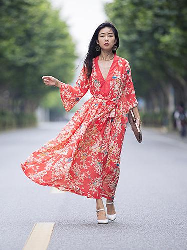 Ava热情典雅尽在色彩连衣裙