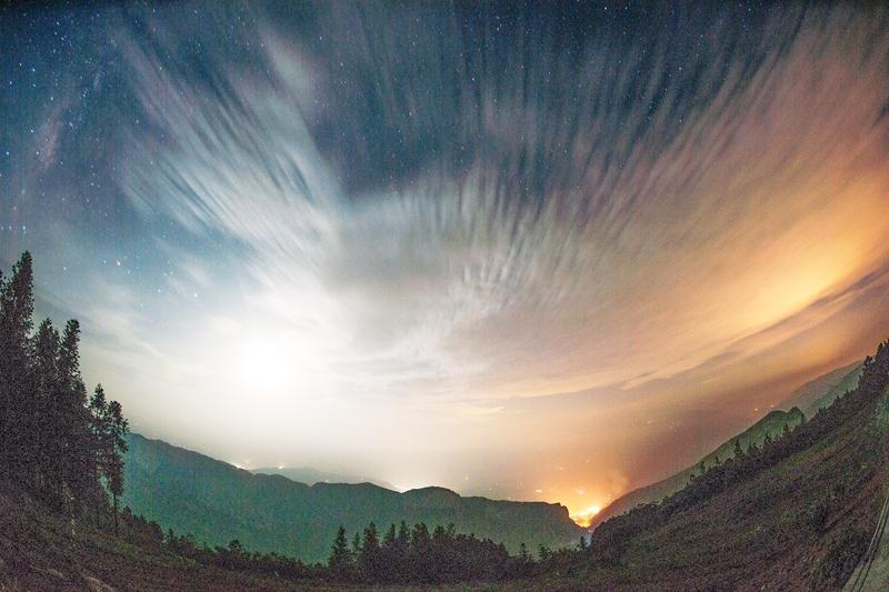 千里乌江的浩瀚星空