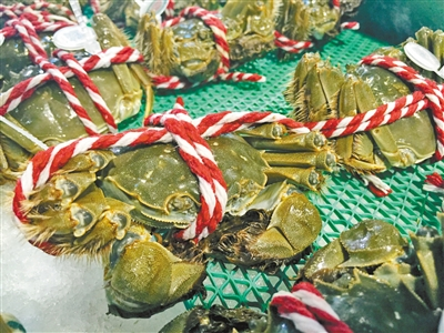 揭开重庆大闸蟹市场黑幕 一根长绳14.9元