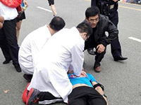 合肥马拉松赛30岁男选手倒地身亡