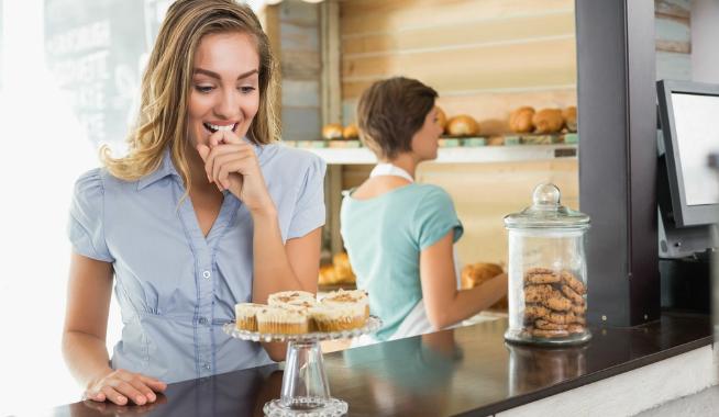 6种零食让女性一夜爆肥 必须戒掉