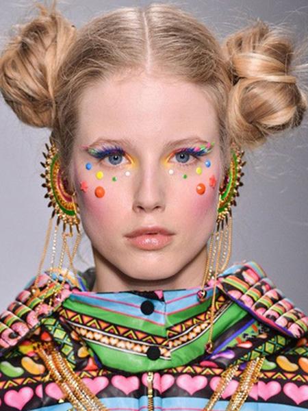 圆脸双边扎发图解减龄可爱更Fashion