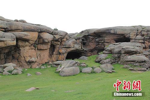 通天洞遗址及其环境。供图