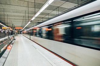 34城地铁拥挤度大PK