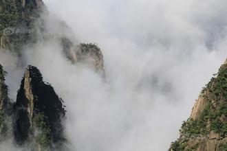 黄山:雨后西海大峡谷现壮美云海