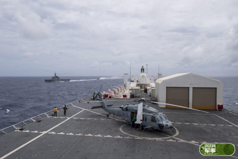 气焰嚣张!美日海军两艘巨舰在南海联合演练