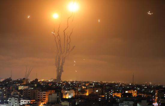 150枚火箭弹夜袭以色列 以外长访韩途中紧急回国