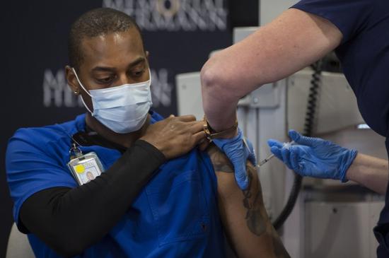 美媒爆料:美国超2000万剂已分发疫苗仍不知去向