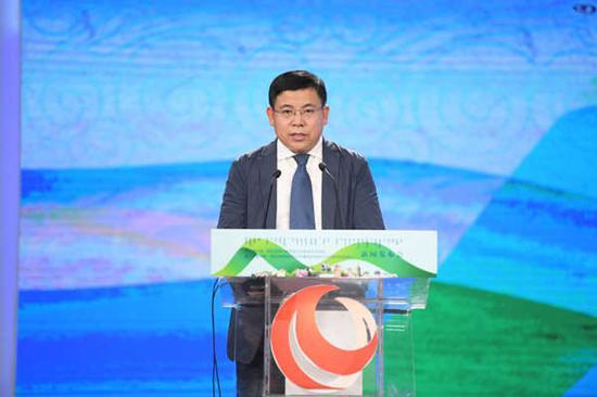 呼和浩特市人民政府副秘书长张利平
