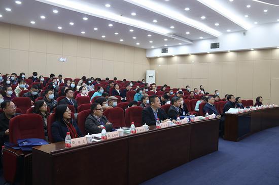 """暨南大学""""一国两制""""与基本法研究院成立图片"""