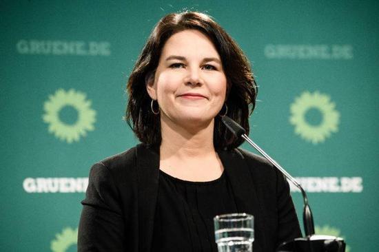 默克尔接班人?德国绿党敲定80后女主席角逐总理宝座
