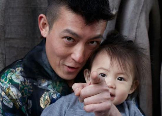 """陈冠希不慎曝出杨颖""""黑料"""" 黄晓明坐不住了…"""