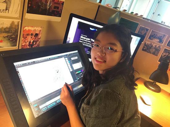 吴婧在环球影业绘制分镜头时的工作照。