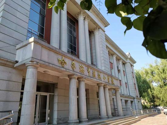 哈尔滨市一重点小学出现诺如病毒患者 学校紧急停课图片