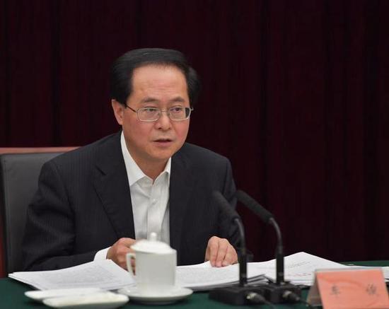 1月26日,省委常委会召开会议,车俊主持。浙江新闻客户端 记者 梁臻 摄