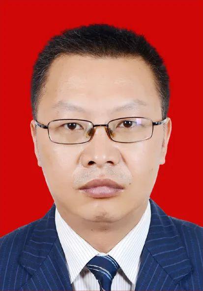 贵州一市选举产生政府市长、一名人大常委会副主任