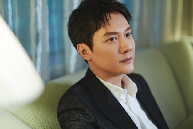 女演员韩烨发律师声明,否认出轨冯绍峰,否认当小三,已收集证据追责