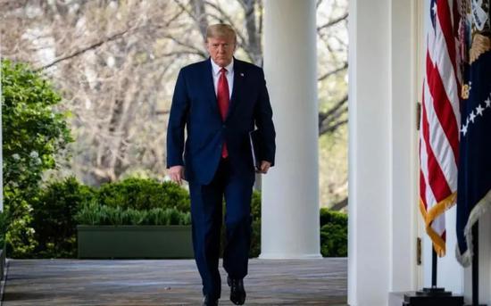 """特朗普离任前挥出最后一记""""关税大棒"""""""