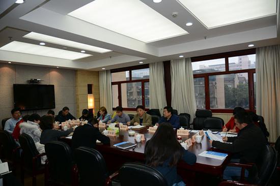 工作组与湖南省商务厅和相关企业代表座谈