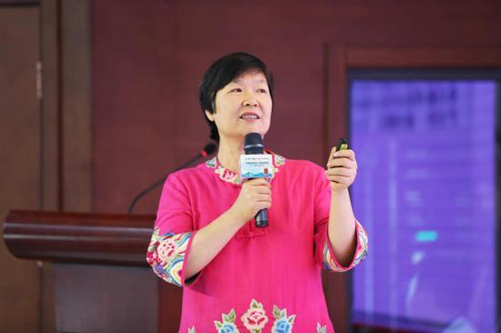 中国电子商务协会 新农人中心主任 新农人联合创业推动者 毕慧芳