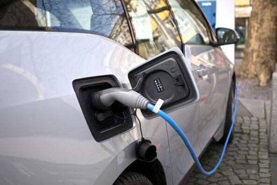 中国到底有多少家电动车生产企业?外媒帮我们给数出来了