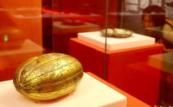 故宫博物院藏乾隆朝漆器展吸引民众