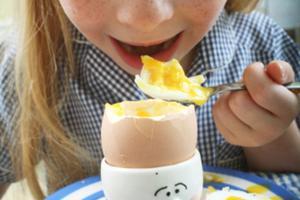 这样吃鸡蛋会致脱发