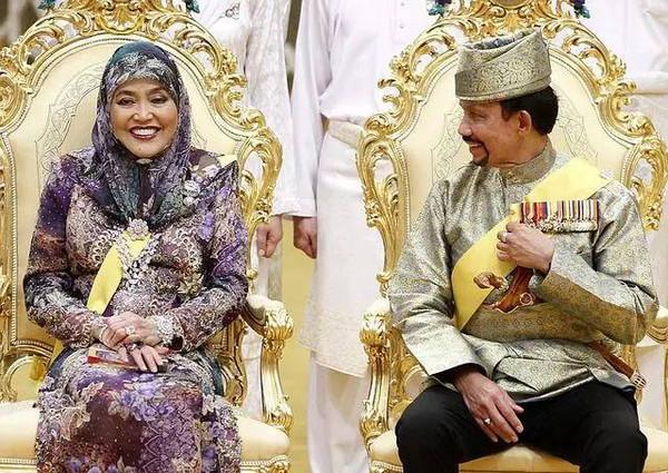 苏丹哈吉和他的王后