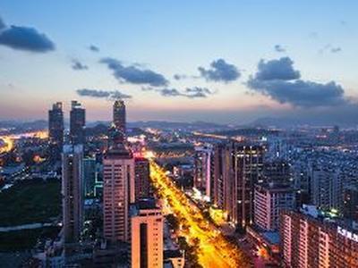 越南金融市场 机遇与风险并存