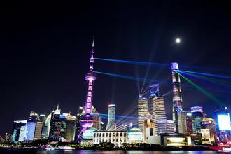 上海:申博亚洲太阳城娱乐登入,灯光璀璨迎佳节
