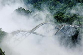 浙江神仙居如意桥云雾缭绕