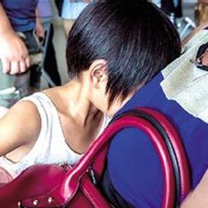 趁午睡摸6岁女童下体 幼儿园男教师被刑拘