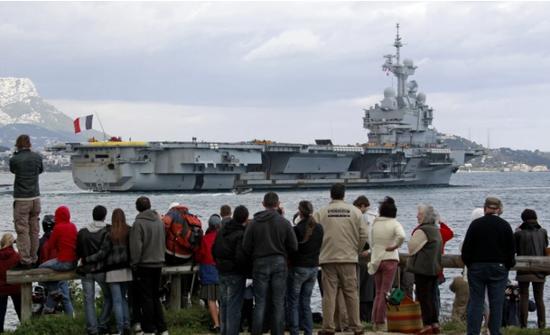 """英法突然都对航母重燃兴趣 还幻想着""""炮舰外交""""?"""