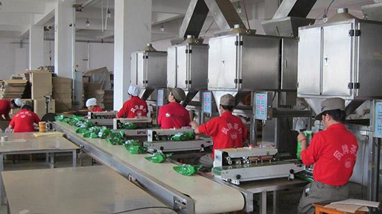 滇红集团新厂精包装车间生产过程