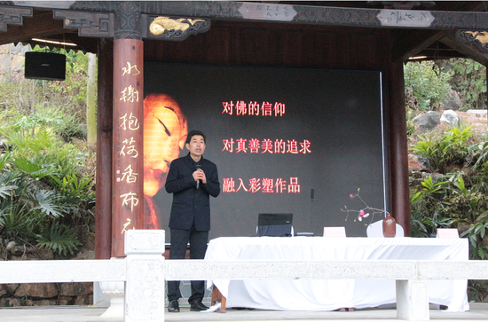 传统佛教建筑彩塑艺术传承人张宇飞、摄影/王璐