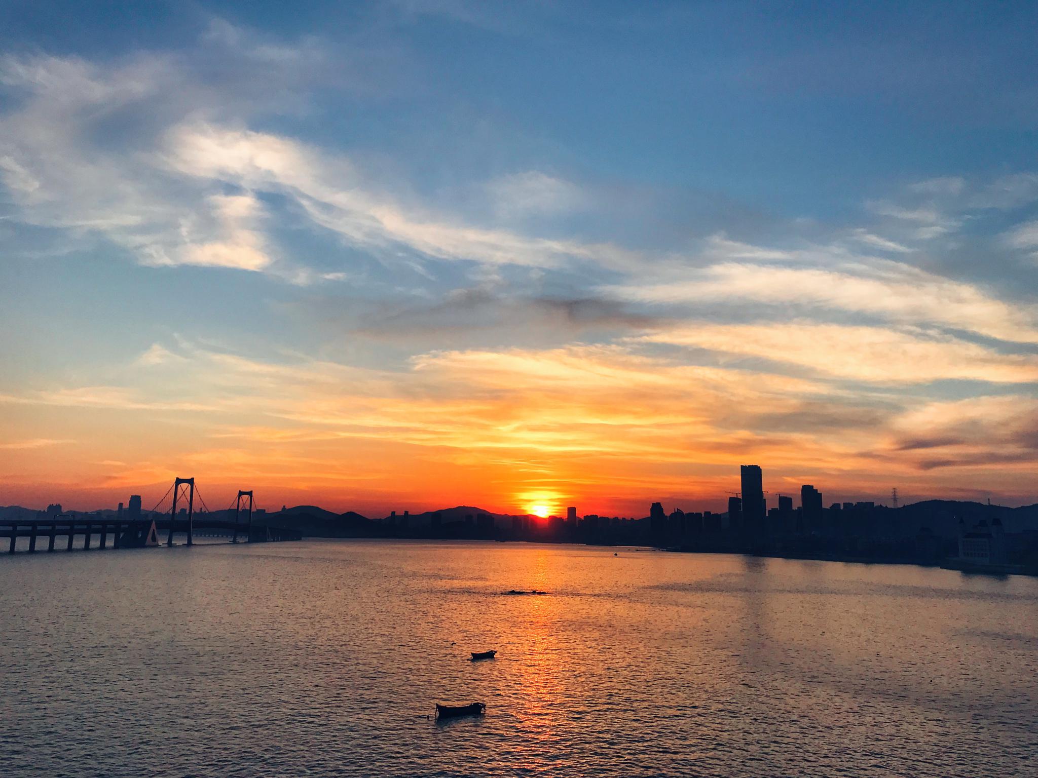 网友实拍星海湾黄昏美景