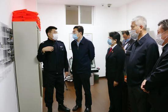 视察司法警察装备室