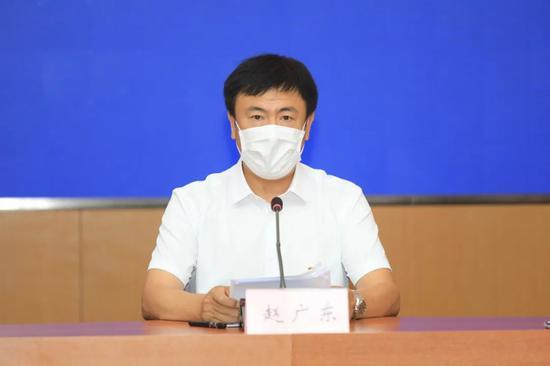 大连市新冠肺炎医疗救治专家组成员 、大连医科大学附属第一医院呼吸内科主任 赵广东