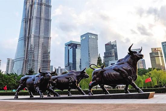 大連雕塑作品成為浦東新地標