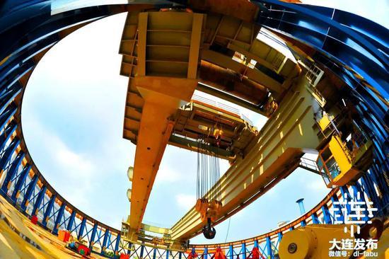 大连华锐重工集团股份有限公司的华龙一号核环吊关键技术研发