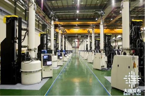 大连连城数控机器股份有限公司24寸单晶炉生产线