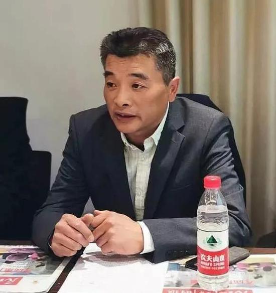 施瑒,锦州法庭庭长、三级高级法官
